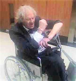 11 12 01 wheelchair gate arrest